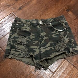 Rue 21 High Waisted Ripped Camo Shorts size 9